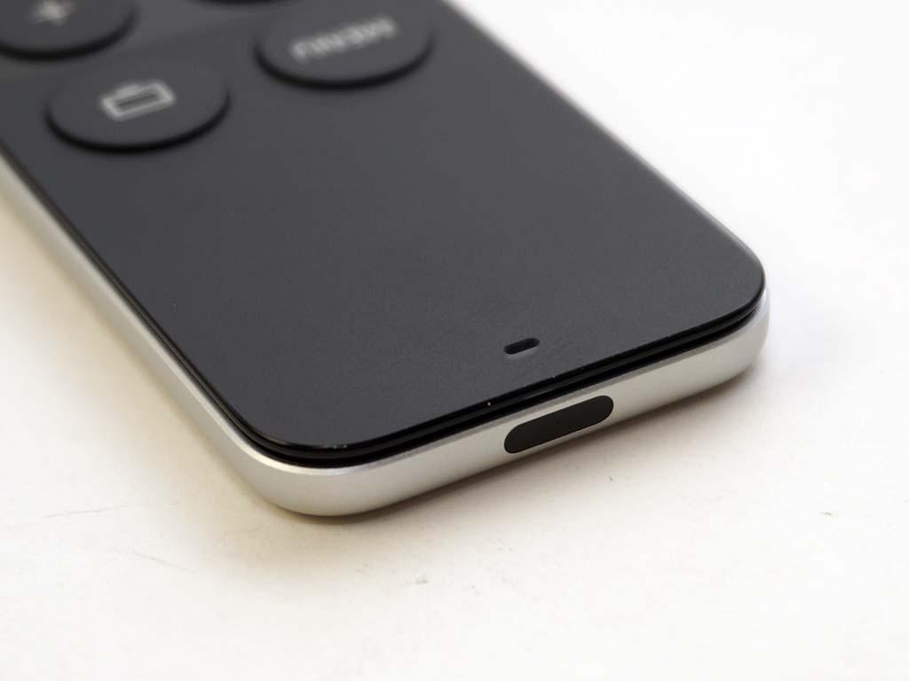 Siri Remoteのホームボタン長押しで、Apple TVをスリープさせられる
