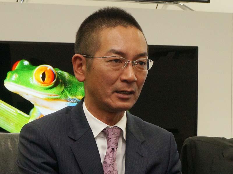 商品企画担当の本村氏