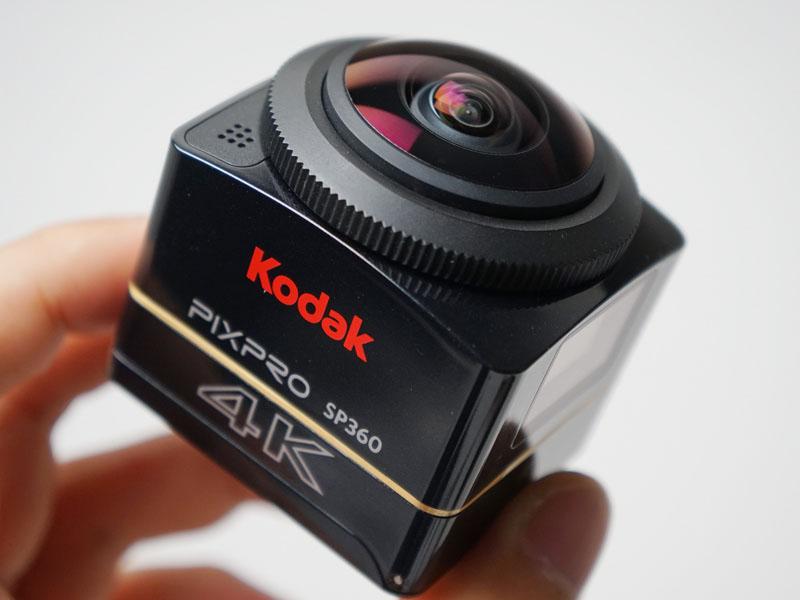 黒を基調とした新デザインのSP360 4K