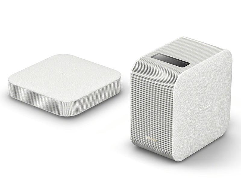 ポータブル超短焦点プロジェクタ(LSPX-P1、右)/ワイヤレスHDMIユニット(LSPX-PT1、左)