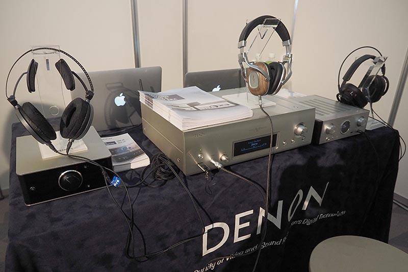 デノンとマランツは共同でブース展開。デノンのヘッドフォンアンプ「PMA-50」や、ネットワークプレーヤー「DNP-2500NE」、マランツのヘッドフォンアンプ「HD-DAC1」などを試聴できる