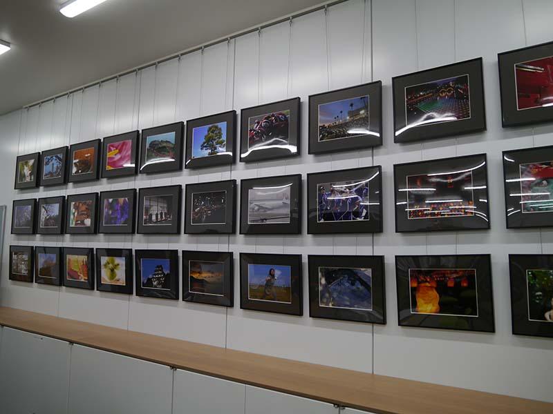九州支社の社員が撮影した写真を展示。四半期ごとに入れ替える