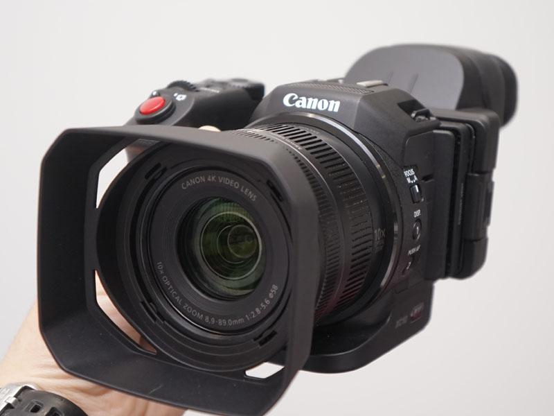 小型軽量の業務用4Kカメラ「XC10」