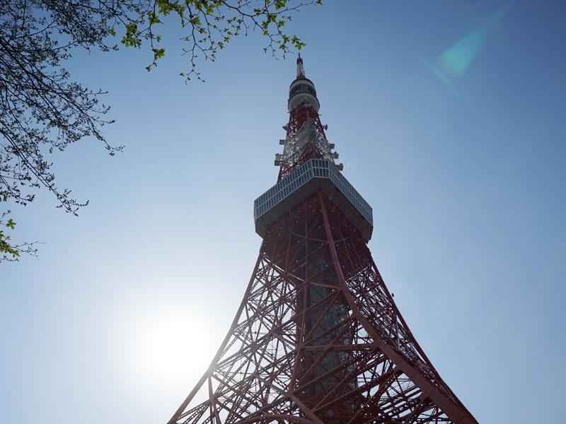 発表会は東京タワーの大展望台で行なわれた