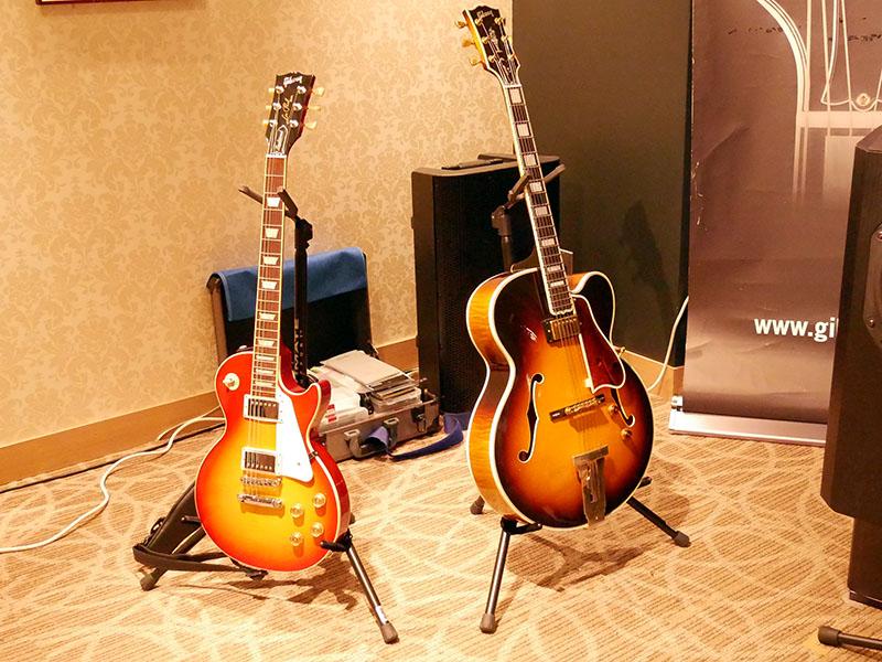 ミニライブで使われたギター