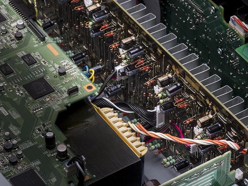 AVR-X2300Wのパワーアンプ部
