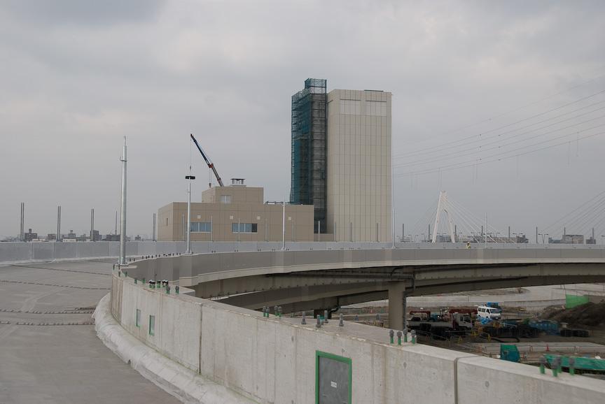 建設中の大師JCTと換気所(2008年10月撮影)