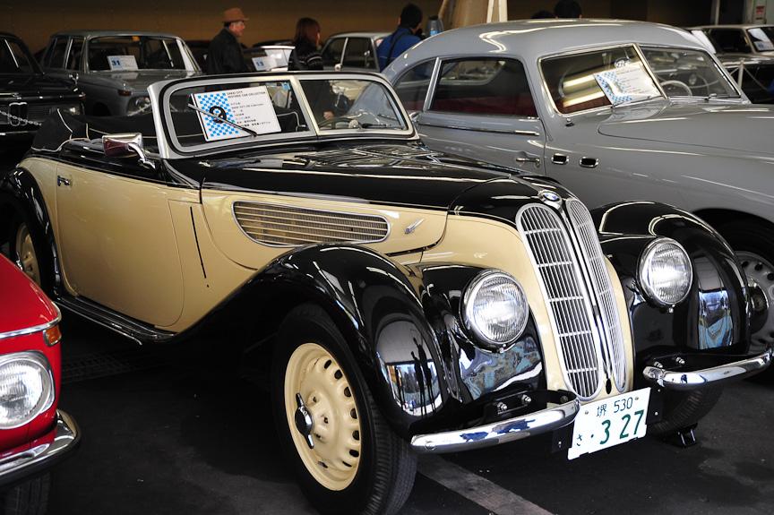 BMW 327/28 カブリオレ(1938年)<br>326をベースとしたカブリオレ