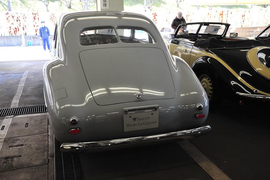 BMW 335 ウェンドラー(1948年)<br>3.5リッターの直列6気筒エンジンを搭載した大型車「335」に、Wendlerがボディーを架装したモデル