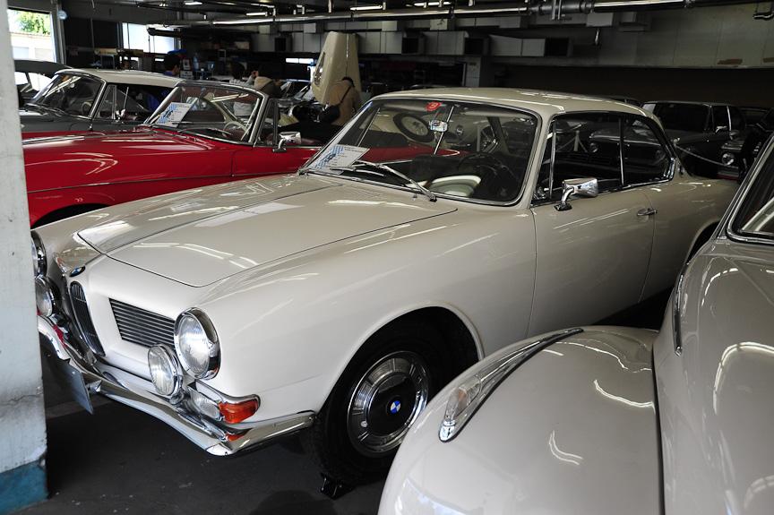 BMW 3200 CS ベルトーネ(1965年)<br>3200SにBertoneデザインのクーペ・ボディーを乗せたモデル