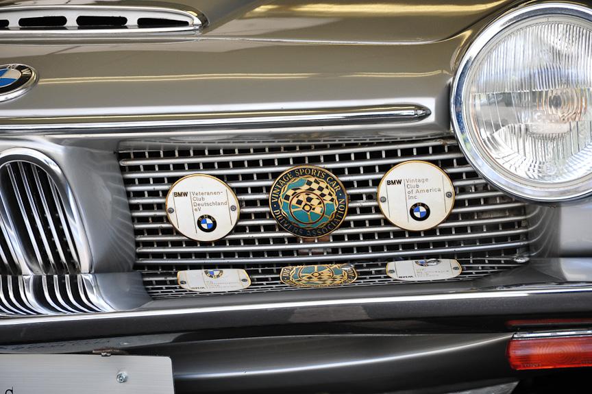 BMW 1600GT GLAS(1968年)<br>ノイエ・クラッセのヒットにより生産能力の増強を迫られたBMWは、自動車メーカーのHans Glas(ハンス・グラース)を買収。Glasの工場を使用するとともに、Glasの製品を改良して販売した