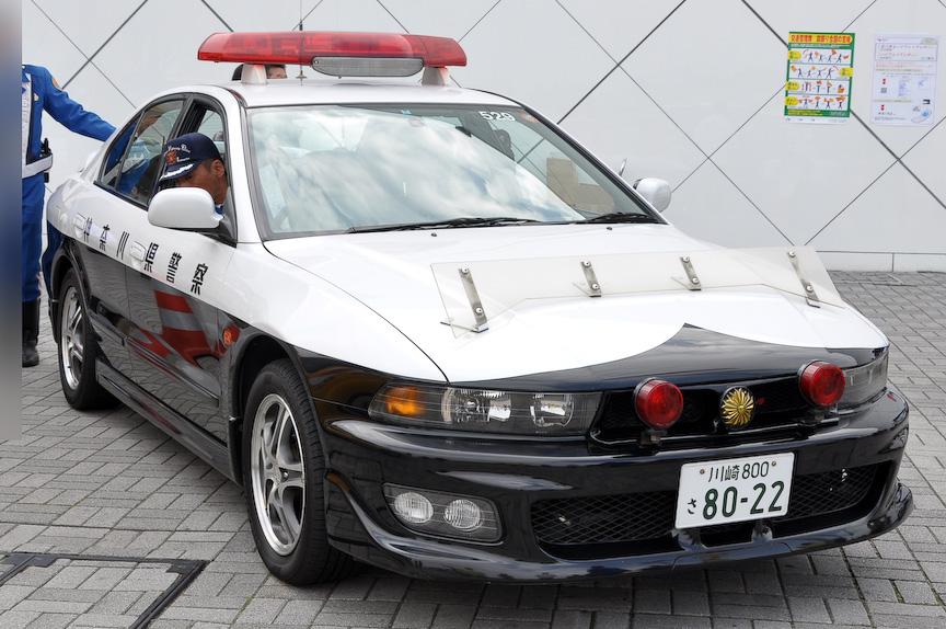 3月28日には、海老名SAで神奈川県警と共同で交通安全の啓蒙イベントも実施。パトカーや整備車両を展示し、記念撮影も行なえた