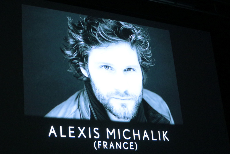 アレクシィ・ミシャリク監督の紹介スライドと、プレミア上映された「FRIDAY NIGHT」の1シーン。ショートフィルムならではのスピード感は、実際に鑑賞していただくのが1番いいだろう