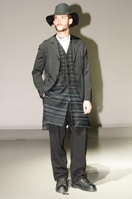 IVANさんやファッションモデルが登場