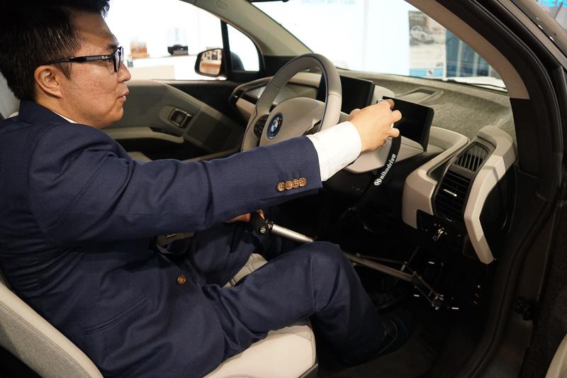 神村氏は、ハンドコントロールとの親和性が高いi3の操作系を評価