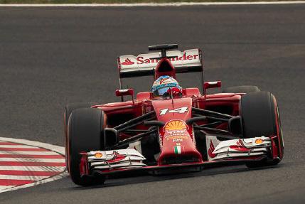 フェルナンド・アロンソ、キミ・ライコネン選手のコンビで2014年シーズンを戦った「F14-T」