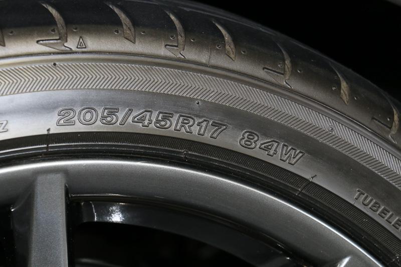 205/45 R17 84Wサイズのブリヂストン「POTENZE S001」を4輪に装着