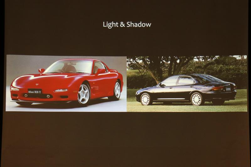 マツダ車が歩んできたデザインの変遷から、「エレガンス」「プラウドフェイス」「光と影」といった要素が現代の「新世代商品群」に受け継がれ、この最も新しいモデルがロードスターRFであると説明された