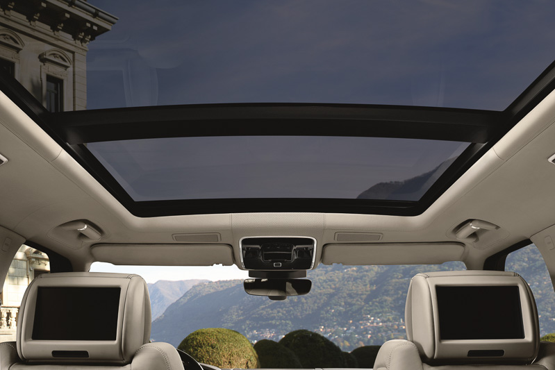 レンジローバー2017年モデルのインテリア