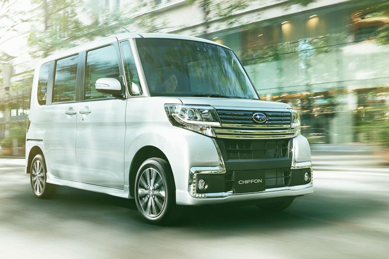 軽量化や空気抵抗の低減などでJC08モード燃費は自然吸気エンジン車で25.8km/L~28.0km/L、ターボエンジン車で24.6km/L~26.0km/Lを達成。全車がエコカー減税の対象となっている