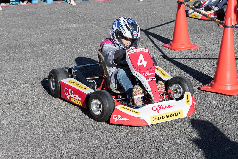 子供に大人気だった電動キッズカート。電動アシスト自転車の駆動系を流用しているそうで、最高速は「頑張って20km/hぐらい」とか