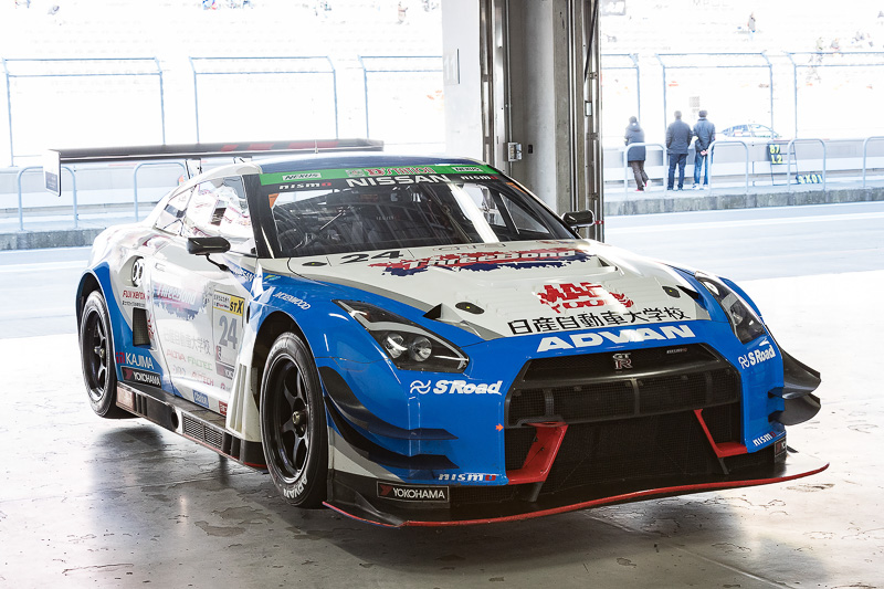 スリーボンド 日産自動車大学校 GT-R(2016)