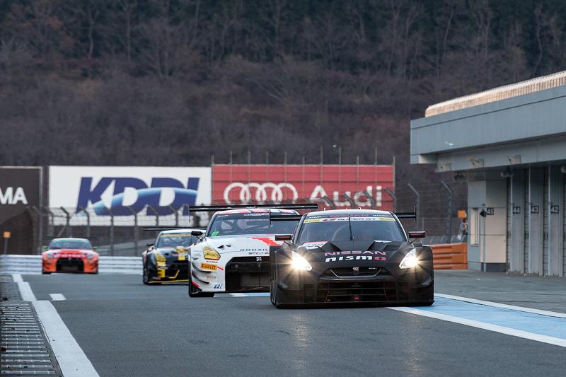 来シーズンの雪辱を目指して開発中の2017年GT500仕様 GT-Rがサーキット走行を披露