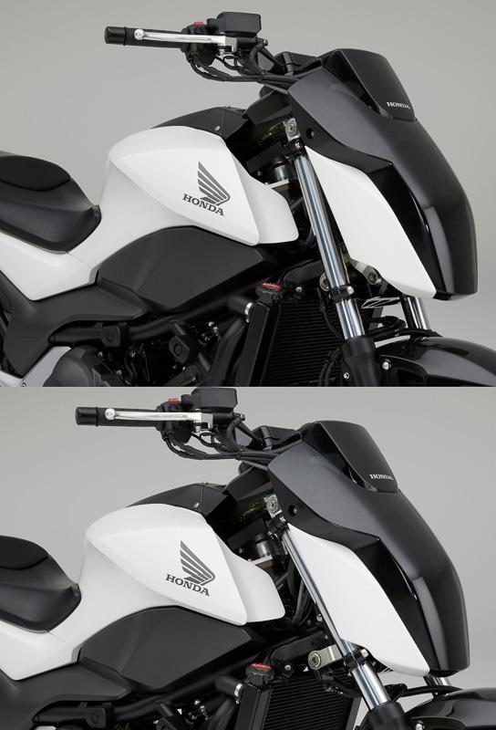 Honda Riding Assistはハンドル部分に電動モーターを搭載。人間と同じようにハンドルを細かく制御してバランスをとっている