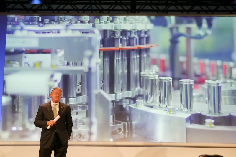 ギガフィクトリーではモデル 3向けの電池を生産することになる