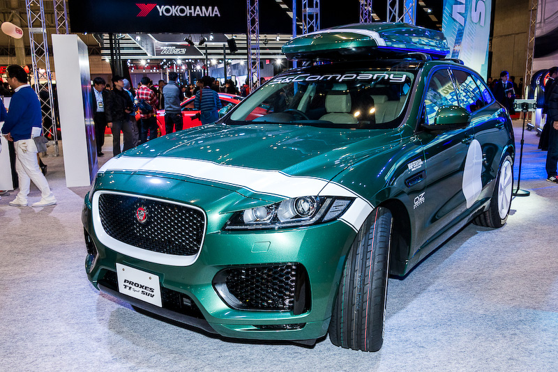 「PROXES T1 Sport SUV」を車両に装着した展示
