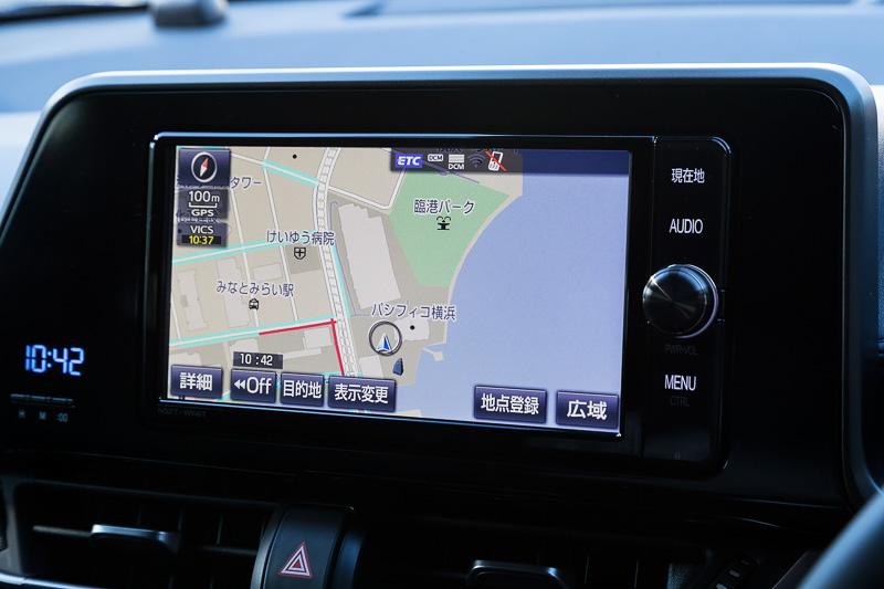 標準仕様は全車オーディオレス。写真の7型VGAディスプレイ仕様のほか、9型HDディスプレイ仕様など3種類のカーナビをディーラーオプション設定している