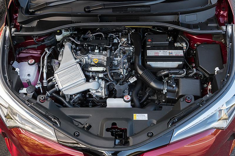 1.2リッターターボの「8NR-FTS」エンジンは最高出力は85kW(116PS)、最大トルクは185Nm(18.9kgm)を発生