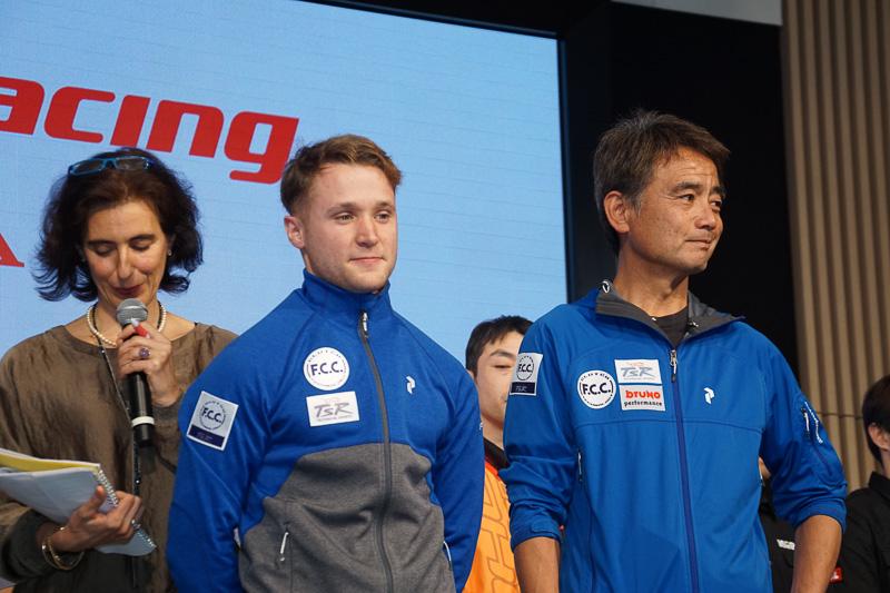 全日本ロードレース選手権へスポット参戦するアラン・テシェ選手(中央)