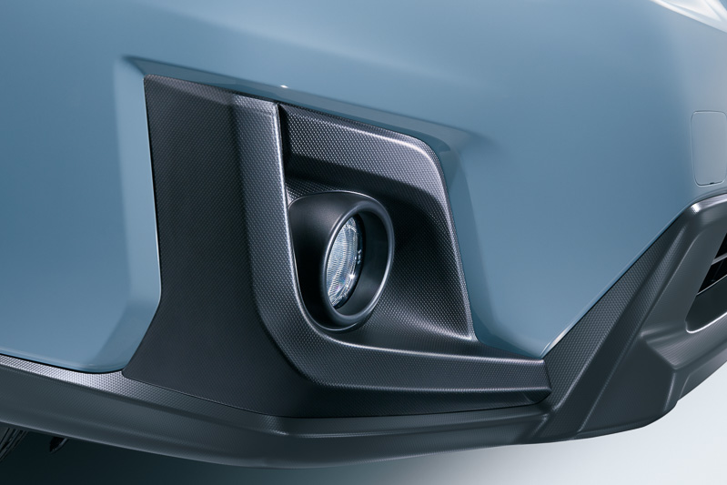 フロント&リアフォグランプを全車標準装備