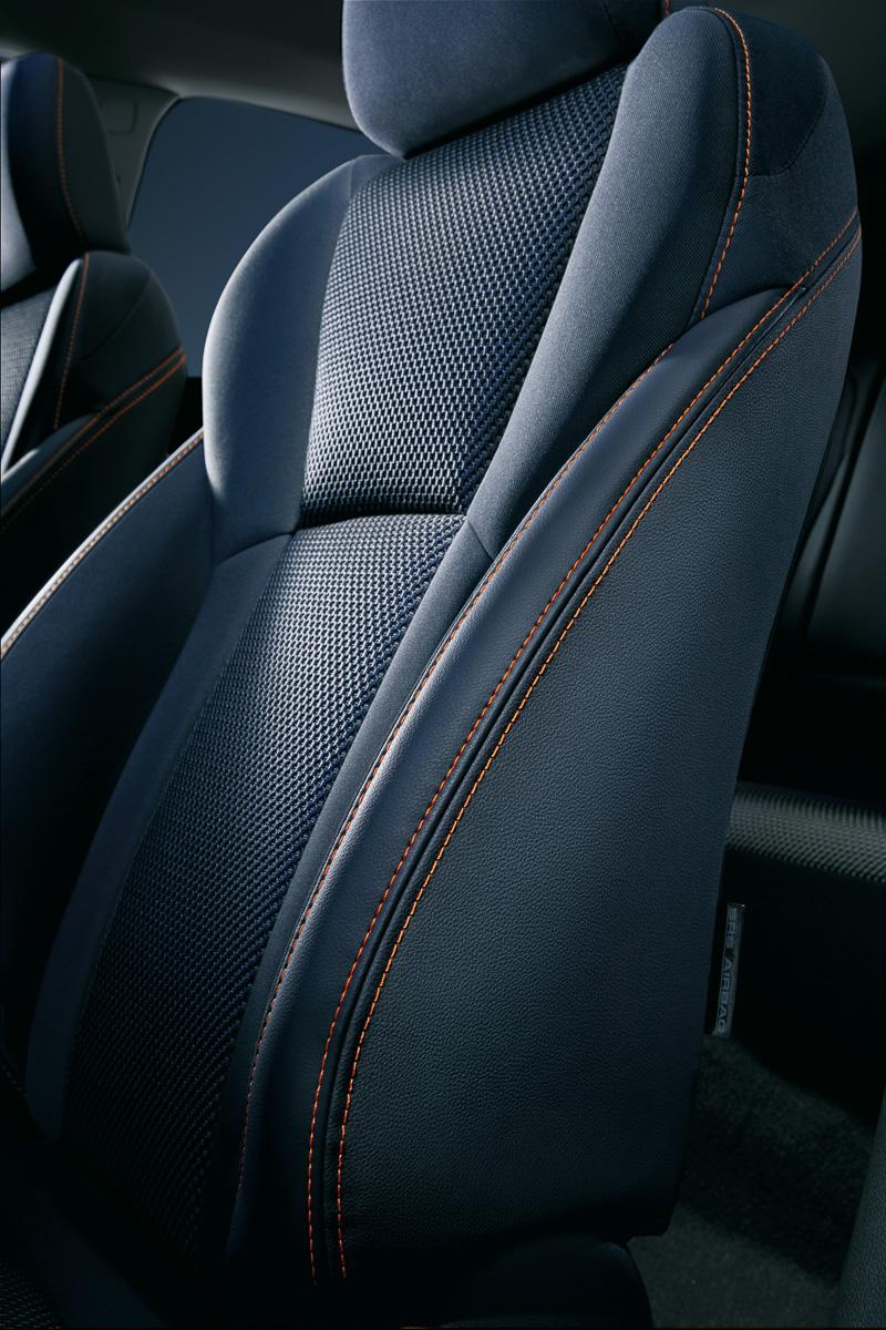 SRSサイドエアバッグ+SRSカーテンエアバッグ+運転席SRSニーエアバッグを全車で標準装備する