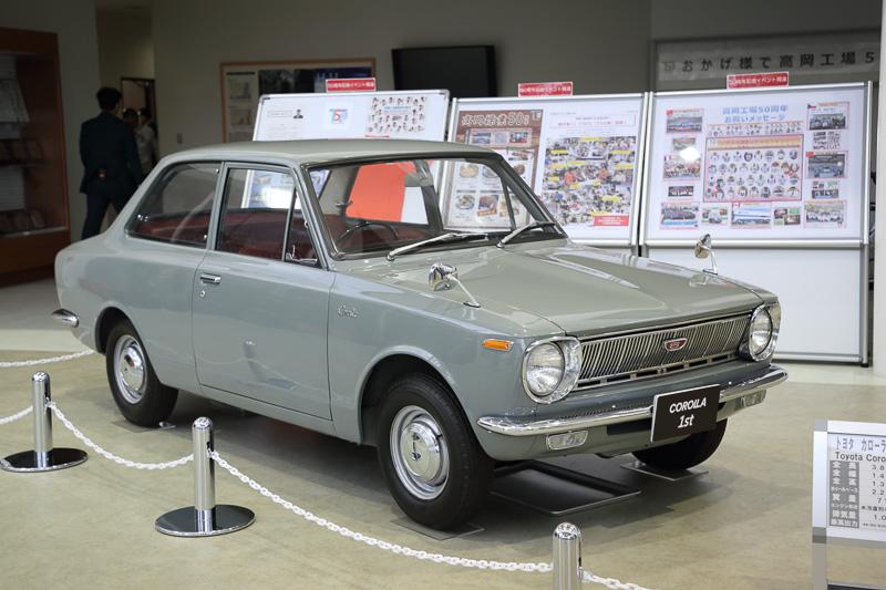 """""""プラス100ccの余裕"""" 初代カローラ(1966~)"""
