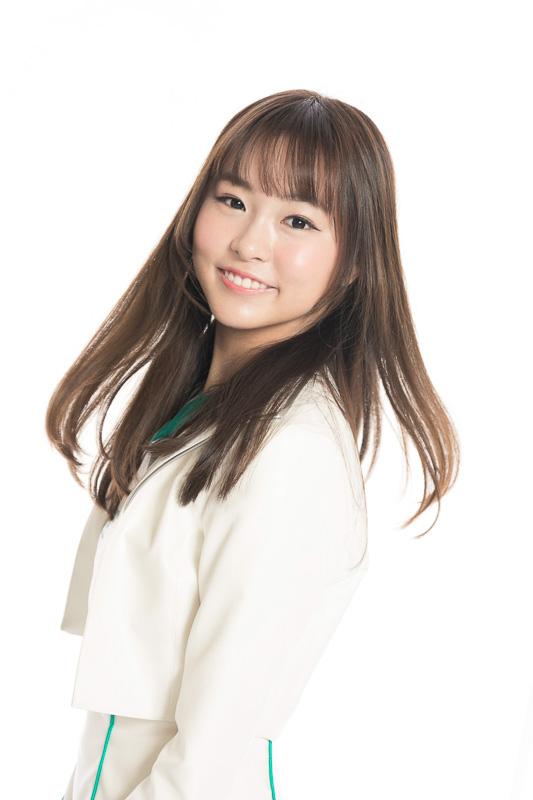 本部由奈さん(愛知県出身)「鈴鹿サーキットクイーンに選ばれて、信じられないくらい嬉しかったです。この先いろいろなことがあると思いますが、一生懸命務めていきます」