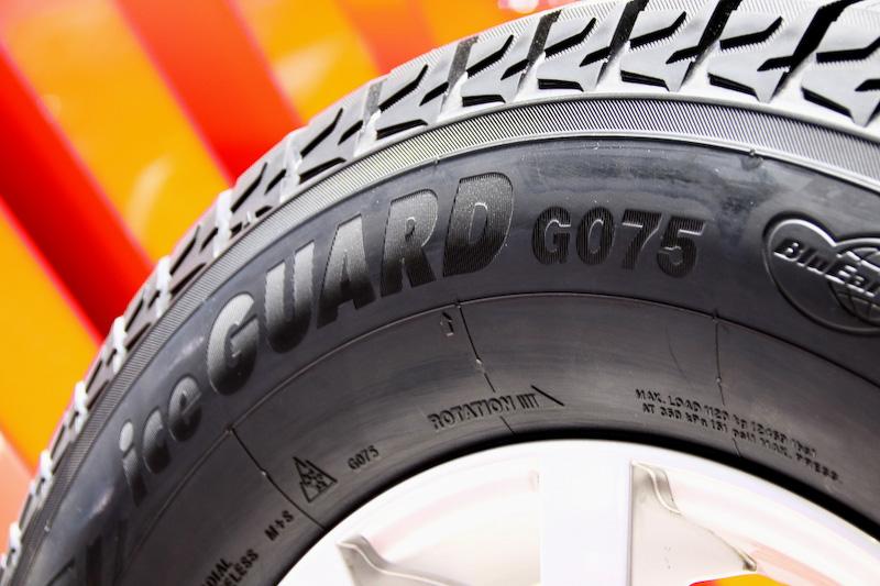 こちらも国内では発売されているSUV向けのスタッドレス「ice GUARD G075」。氷上性能や静粛性、燃費性能をバランスさせている