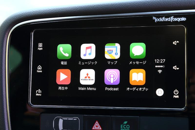 一部改良により「スマートフォン連動ディスプレイオーディオ(SDA)」を新採用。Apple「CarPlay」、Google「Android Auto」に対応し、スマートフォンアプリなどをセンターコンソールの画面で扱えるようになった