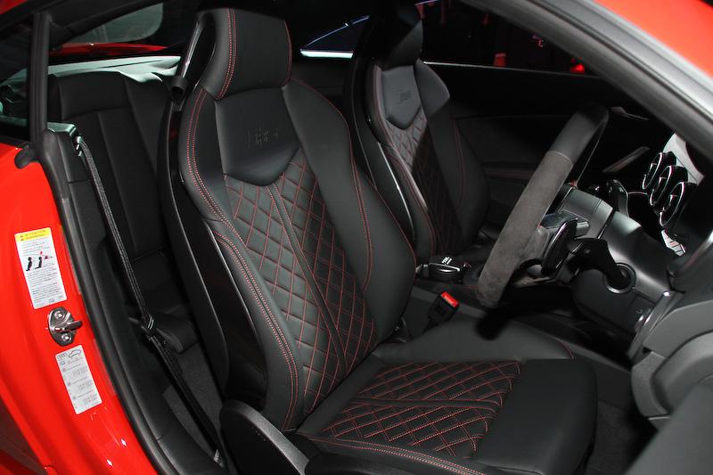 新型TT RS クーペのインテリア
