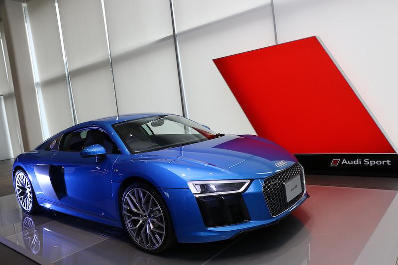 Audi Sportのブランドカラーは赤になる