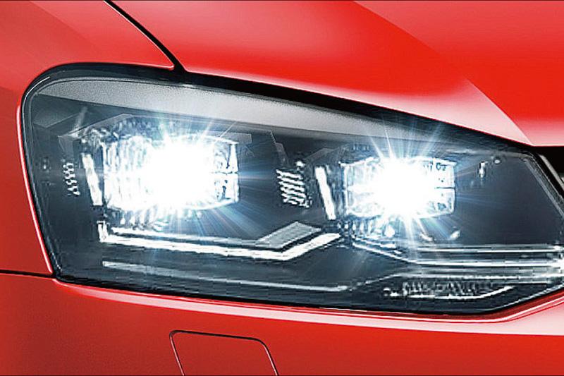 TSI コンフォートライン マイスターは「LEDヘッドライト」を標準装備(TSI ハイラインはベースモデルから標準装備)