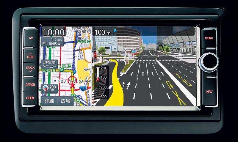 両グレードで純正ナビの「716SDCW」やETC2.0対応車載器、USBデバイスなどの接続装置を標準装備している