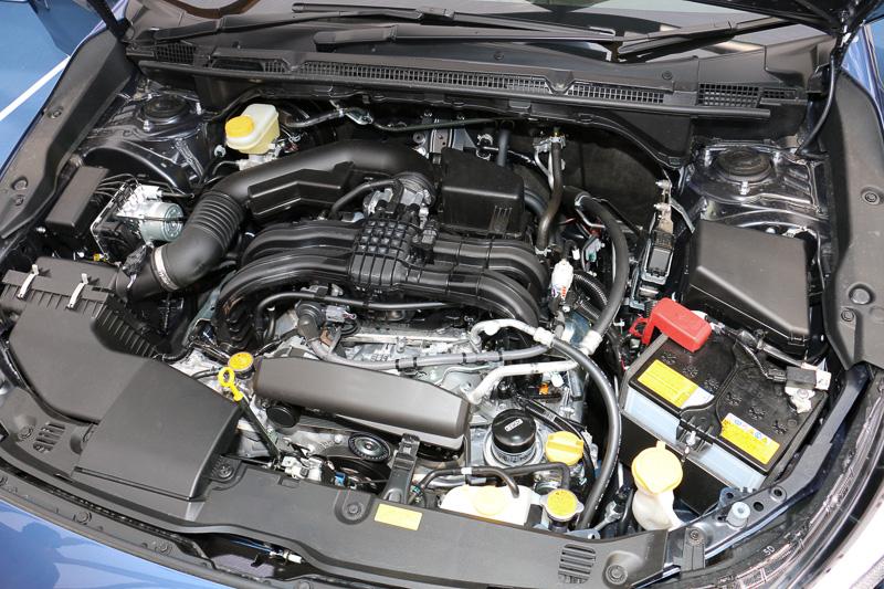 水平対向4気筒DOHC 1.6リッター「FB16」エンジン。最大出力85kW(115PS)/6200rpm、最大トルク148Nm(15.1kgm)/3600rpmを発生。JC08モード燃費は16.2km/L