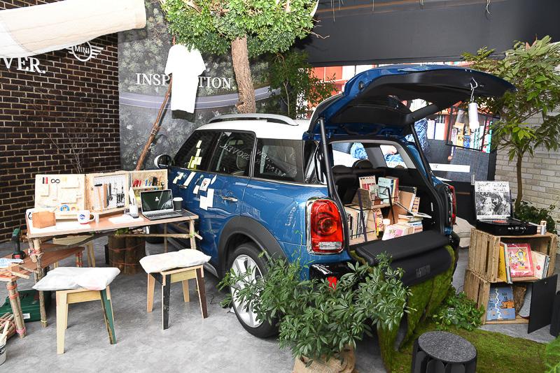 新型「MINI クロスオーバー」の世界観を表現する「Create Your Own. inspired by MINI Crossover.」プロジェクトを、BMW Group Studioで開催中