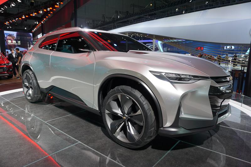 SAIC GM(上汽集団とGMの合弁会社)が展示したシボレーの新型SUVのコンセプトモデル「FNR-X」