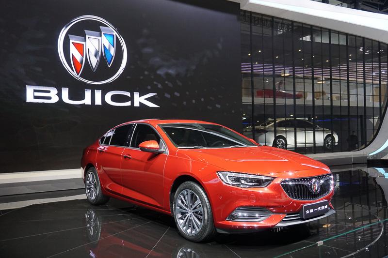 SAIC GM(上汽集団とGMの合弁会社)が展示したBUICKの新型車「Buick Regal」