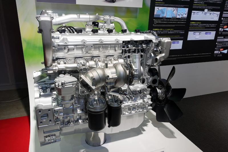 CNGエンジン「6UV1-TCN」