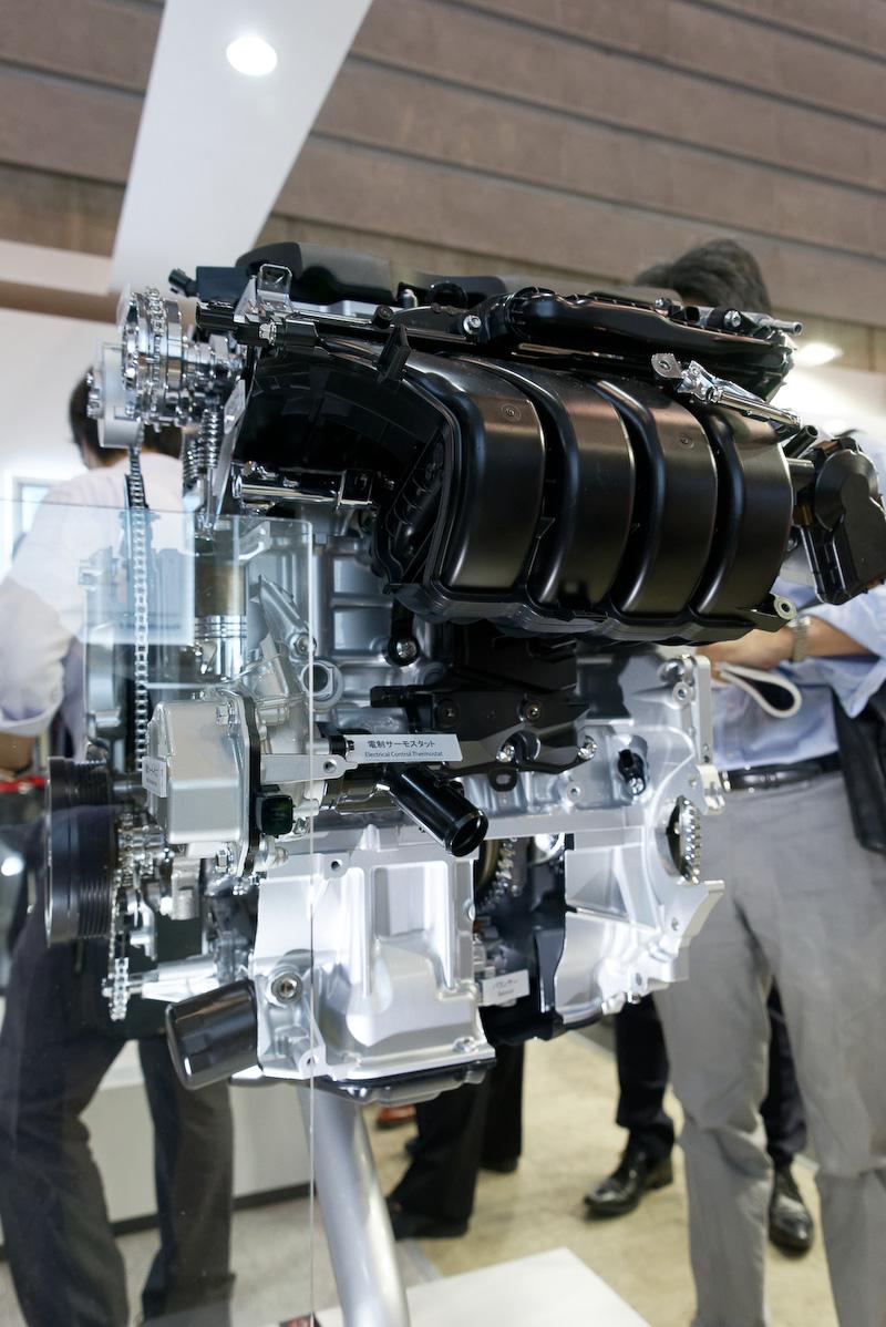 新型直列4気筒2.5リッター直噴ガソリンエンジン「Dynamic Force Engine」