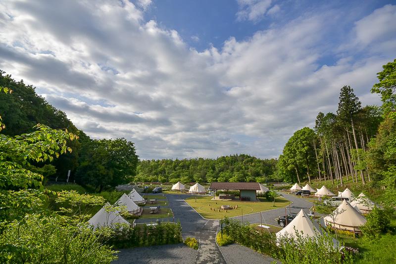 ツインリンクもてぎの一角に設けられた「森と星空のキャンプヴィレッジ」